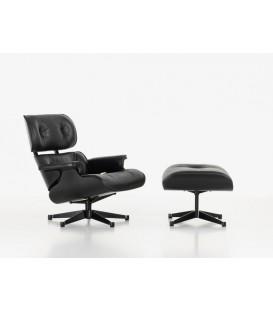 Lounge Chair & Ottoman. Fresno barnizado en negro. Piel Color Negro