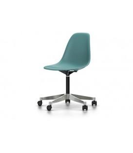 Eames Plastic Chair PSCC. Silla giratoria sobre ruedas