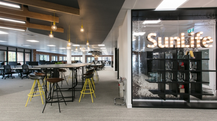 1.sunlife-offices-bristol-interaction-8-700x392