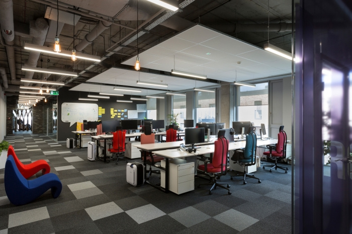 2. codewise-offices-krakow-make-it-yours-11-700x465