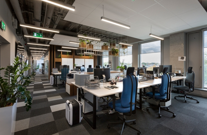 3. codewise-offices-krakow-make-it-yours-10-700x458