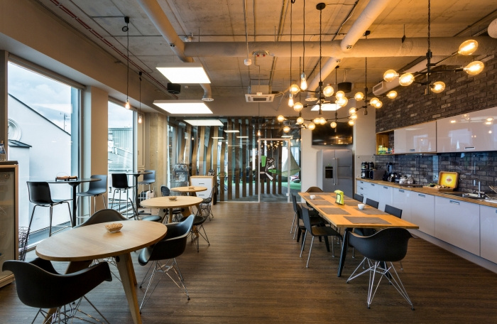 8. codewise-offices-krakow-make-it-yours-13-700x456